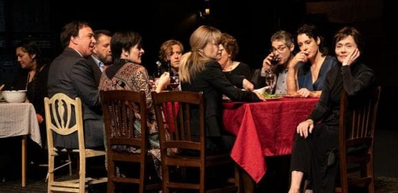Disparu.e.s au théâtre Duceppe place la crise familiale au summum de l'art théâtral.